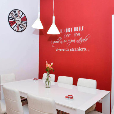 moode-bnb-casa-vacanza-roma-decorazione-sanpietro-ristrtutturazione-wallstickers-3