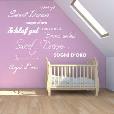 stanza-bimbo-frasi-adesivi-sweet-dreams-testataletto-cameradaletto-decorazionicameradaletto-pecorelle-goodnight-fiori-negozio-promozioni-stickers-wallstickers-personalizzati-bambini-924x1000